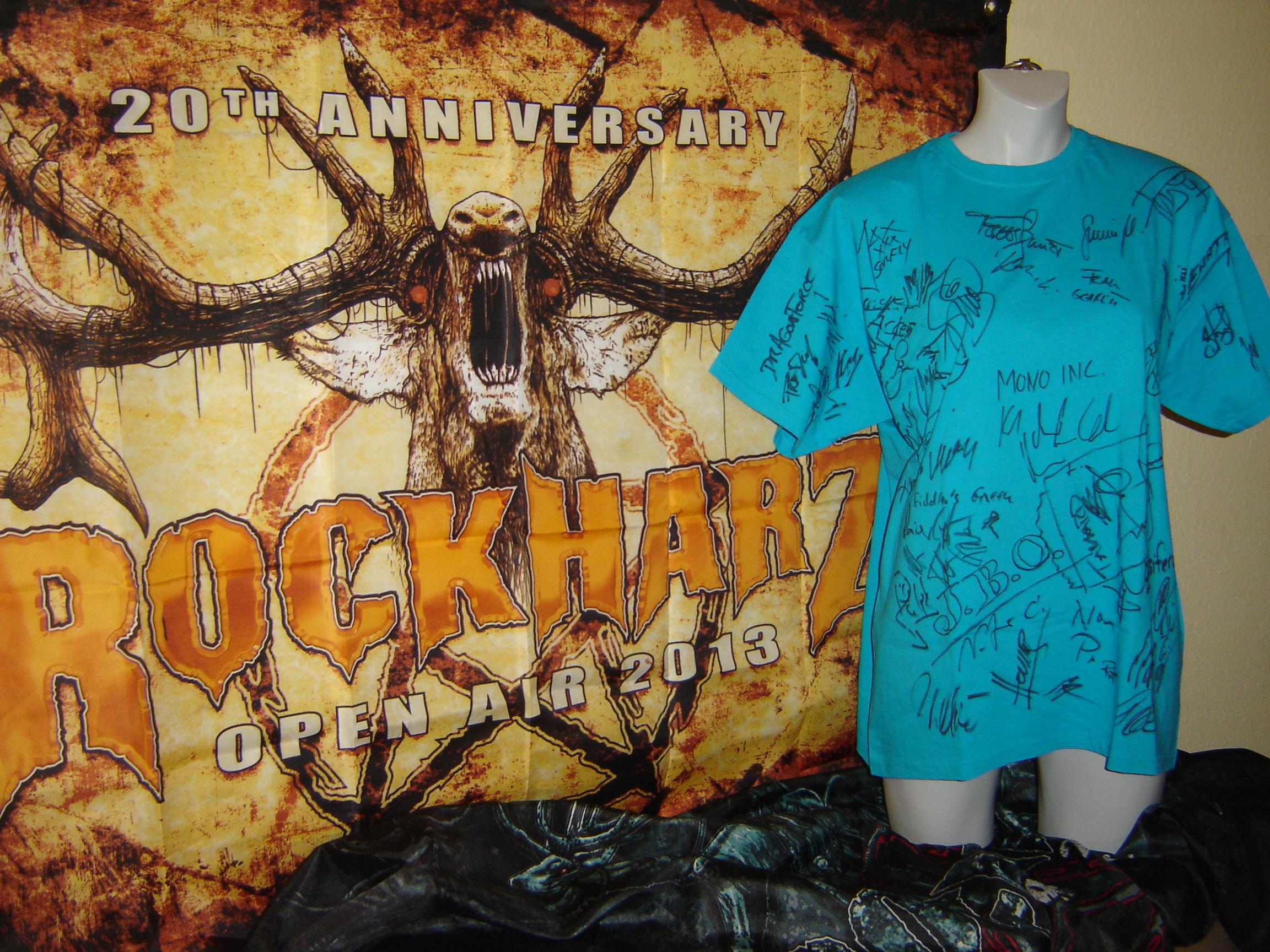 Versteigerung: Signierte T-Shirts vom Rockharz